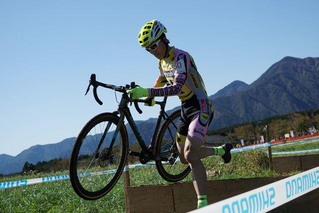 https://www.cyclocross.jp/news/2018/10/LRG_DSC06595.jpg