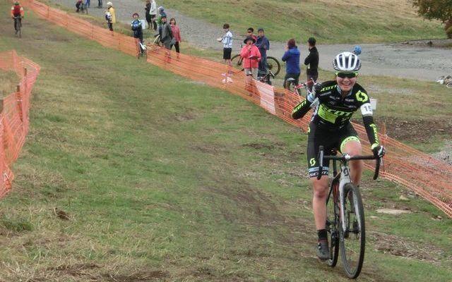 https://www.cyclocross.jp/news/2018/ba95cf91e80334bad565f1052b123f79c29d9811.JPG