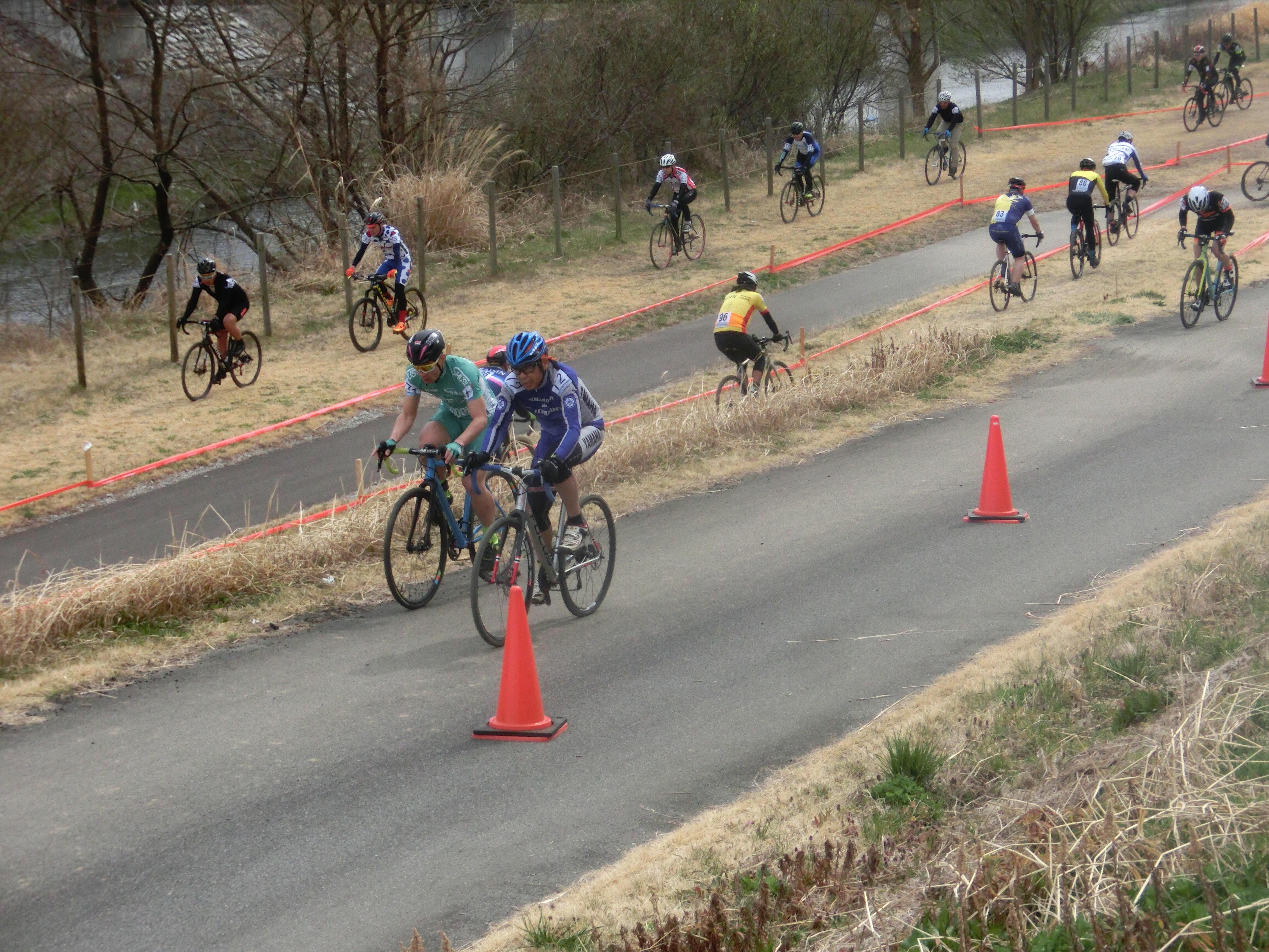 https://www.cyclocross.jp/news/67e3be18ef7d113796fd29adf03d3b99d437ca25.JPG