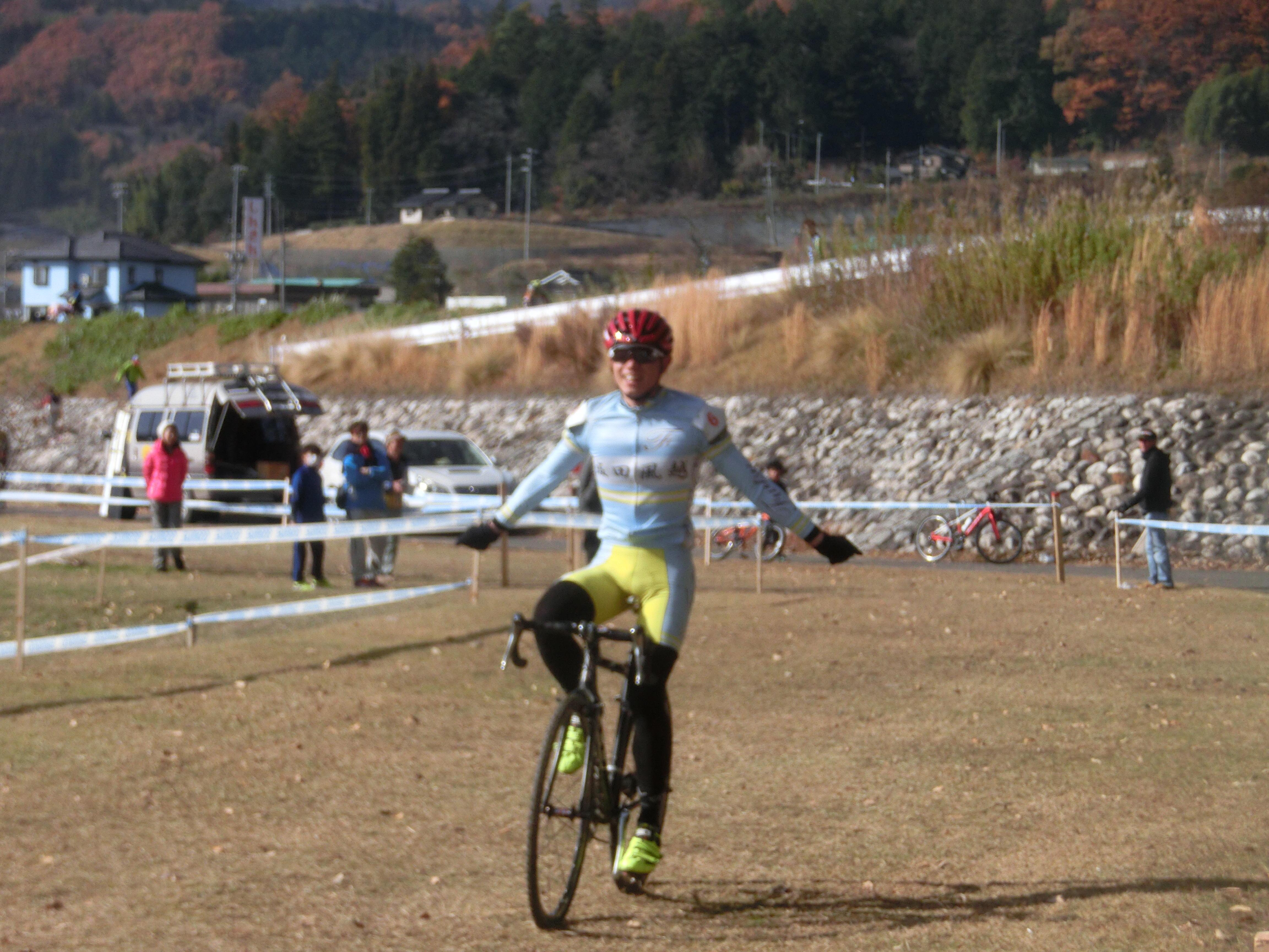 https://www.cyclocross.jp/news/CCM2019Nobeyama121651.JPG