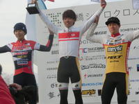 JCX総合は男子エリート前田公平選手が2冠、女子エリートは今井美穂選手。